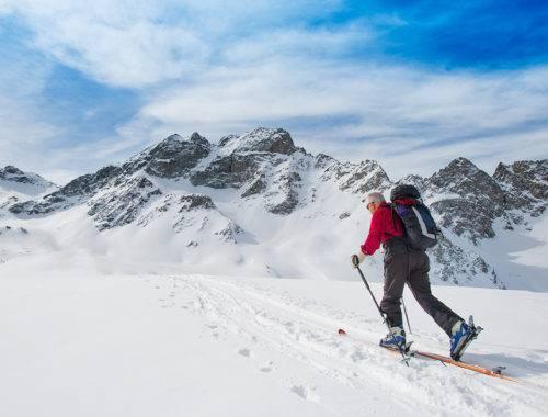 Künstliches Kniegelenk Skitouren und Bergtouren