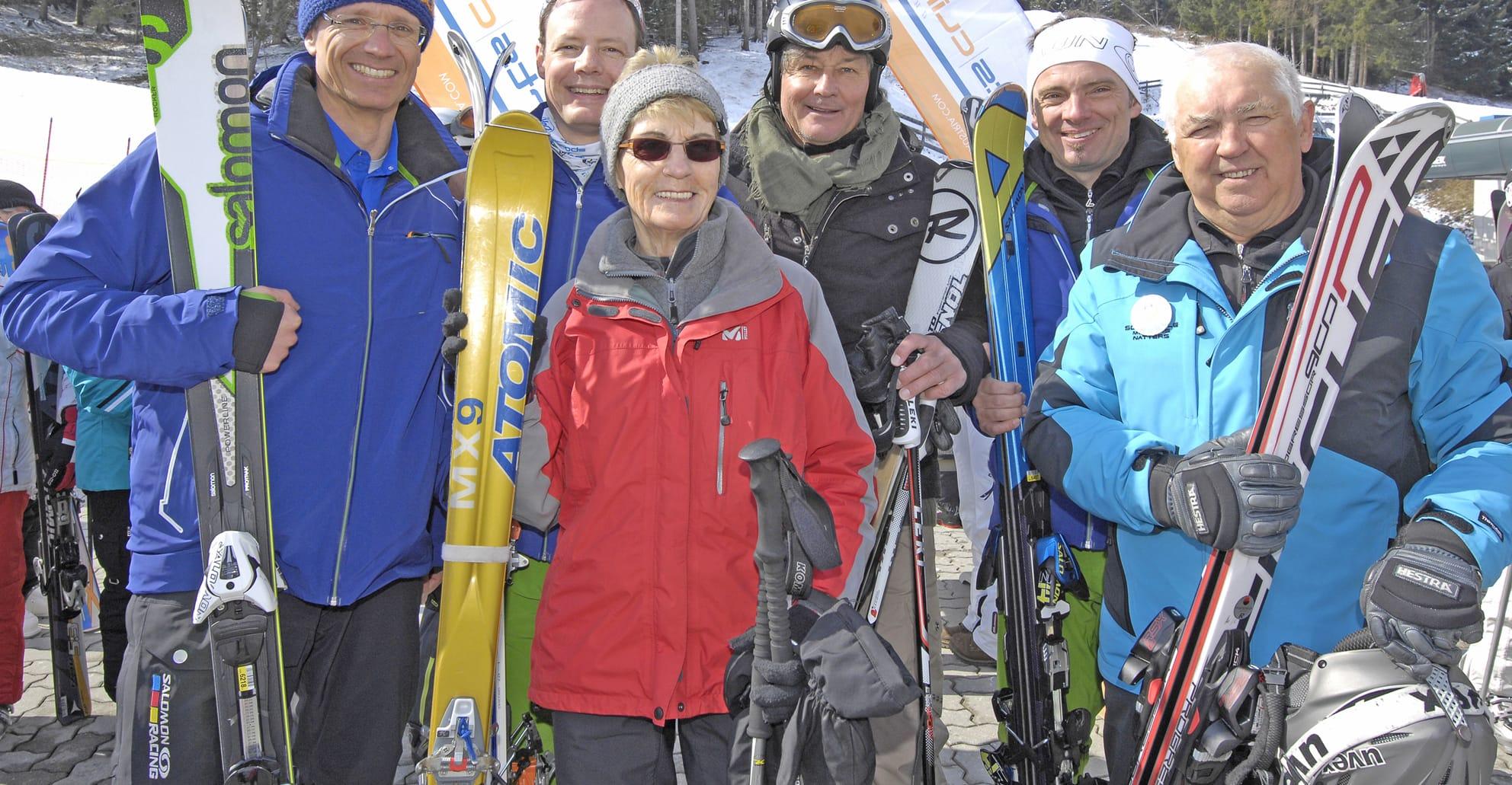 Skifahren und Prothese