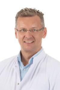 Dr. Ralf Rosenberger schmerzende Knieprothese und Arthrofibrose